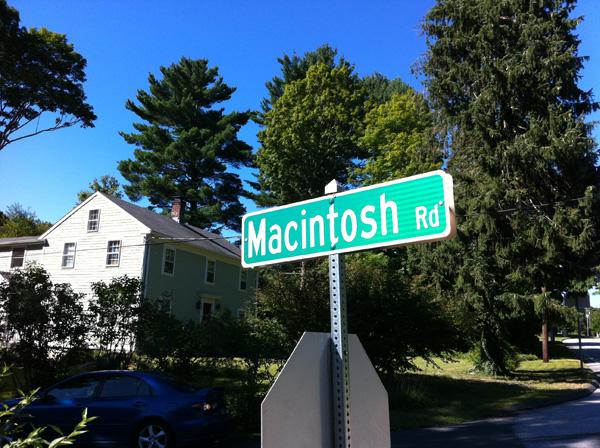 MacintoshRoad