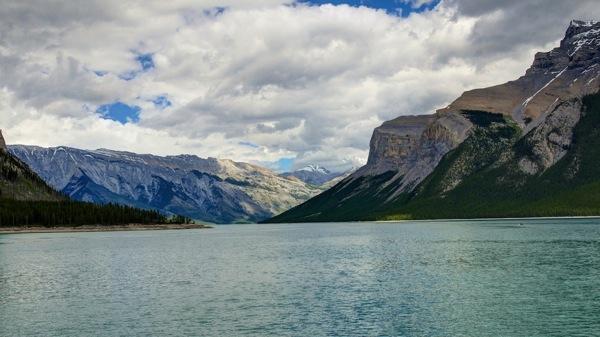 BanffNPMinnewankaVista2