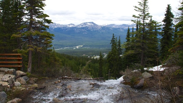 BanffNPTeahouseView2