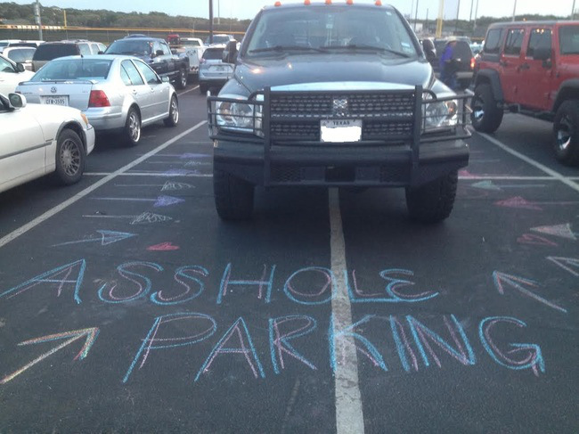 24 Bad Parkers Who Got A Swift Visit From Karma Wildmmo 11
