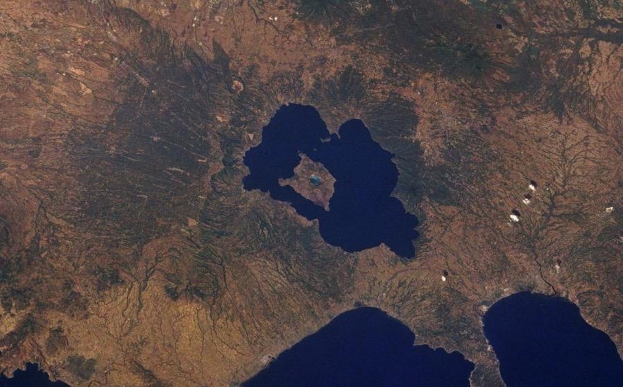 Taal lake 56